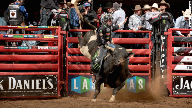 24 hours with a professional bull rider - CNNMoney