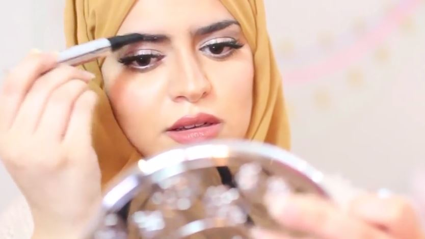 How women in saudi arabia are using youtube to push the boundaries more women in particular are using youtube to express their views their videos have become so popular that consumption of female related content in the solutioingenieria Images