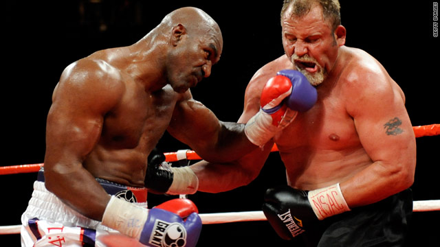 Holyfield wants one more shot at undisputed heavyweight title - CNN.com