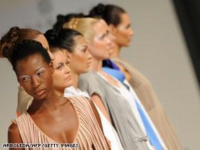 مستخدمو الانترنت يغزون عالم الأزياء