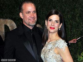 تقدمت بولوك بطلق الطلاق من زوجها الشهر الفائت