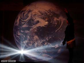 الكثير من المخاطر تهدد كوكبنا الأرض