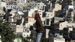 أبو ردينة قال إن إسرائيل تحاول خلق وقائع جديدة قبل اعتراف الأمم المتحدة بدولة فلسطينية في سبتمبر/أيلول