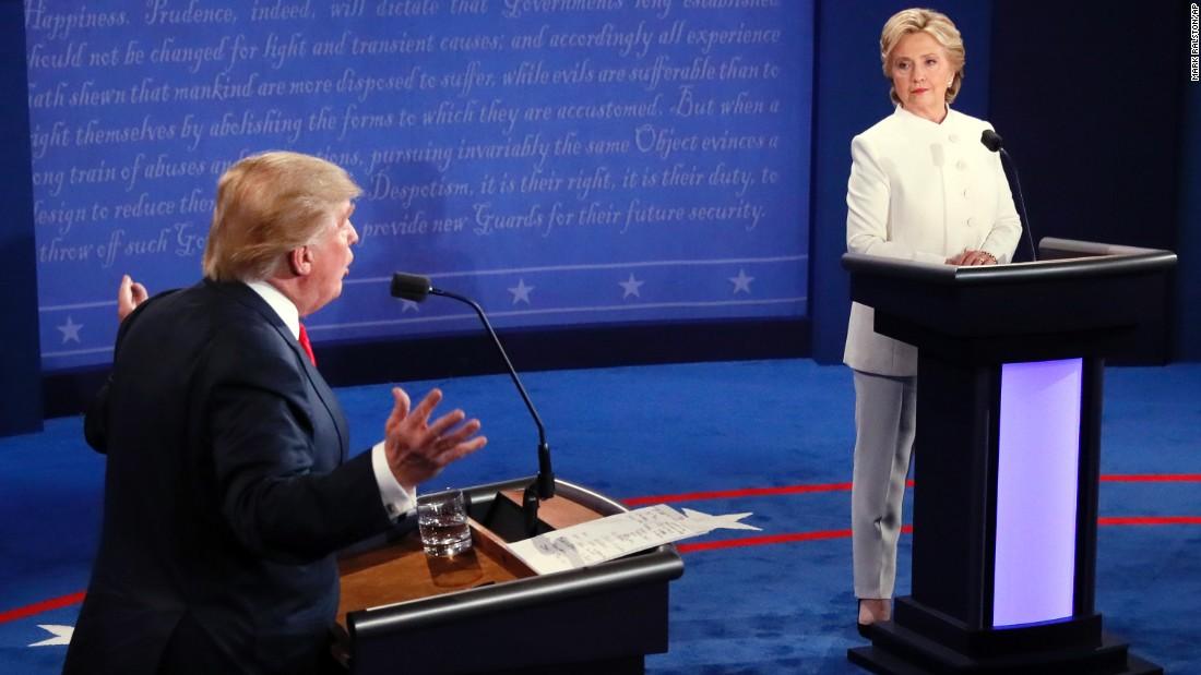مناظرة رئاسية حادة.. إليك ما حدث في 90 ثانية