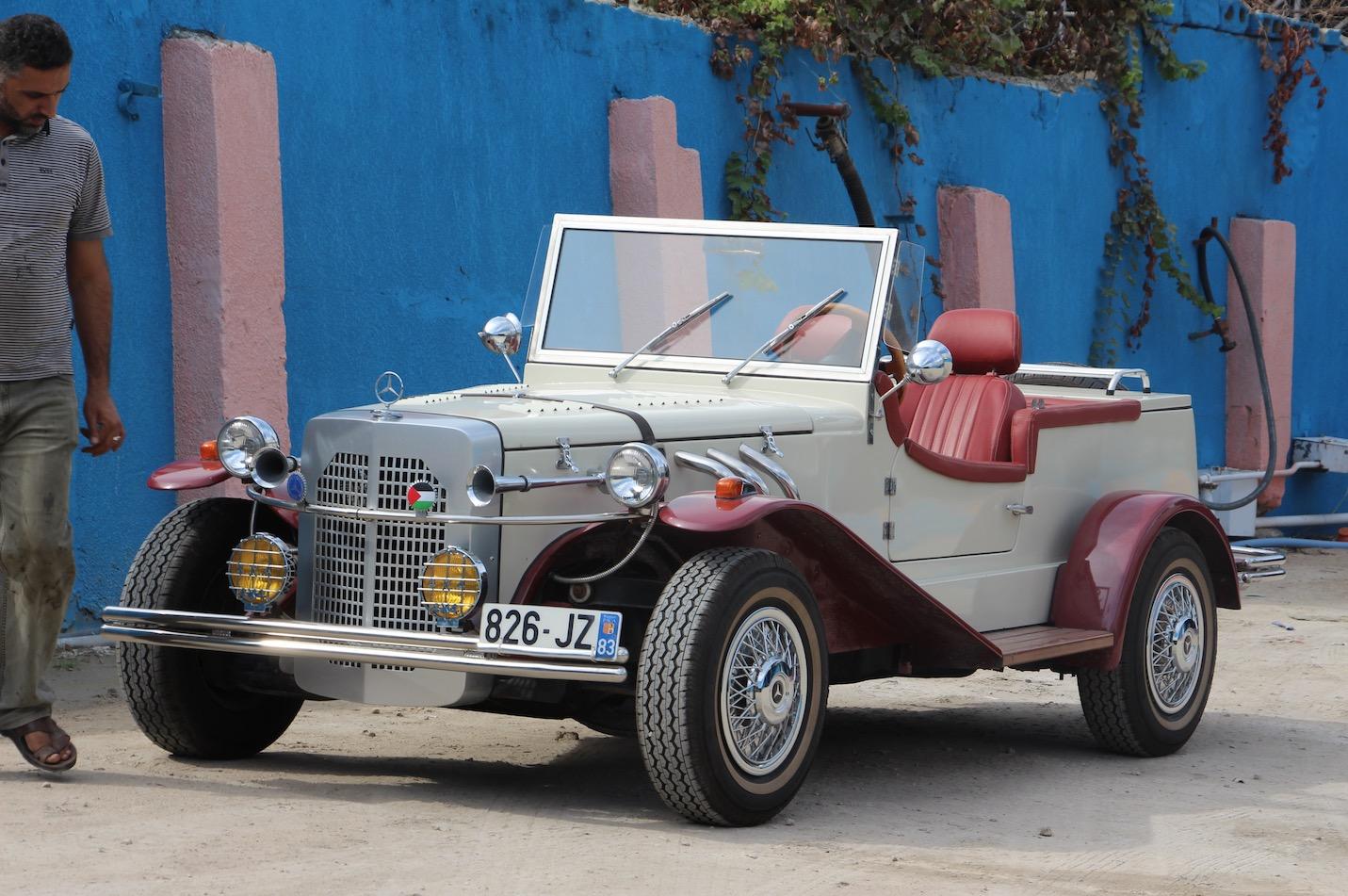 الفلسطيني منير الشندي يصنع سيارة مرسيدس موديل1927