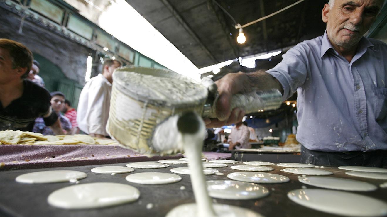 عدسة CNN في غزة.. أجواء رمضانية بطابع خاص على مائدة الإفطار رغم مصاعب الحياة
