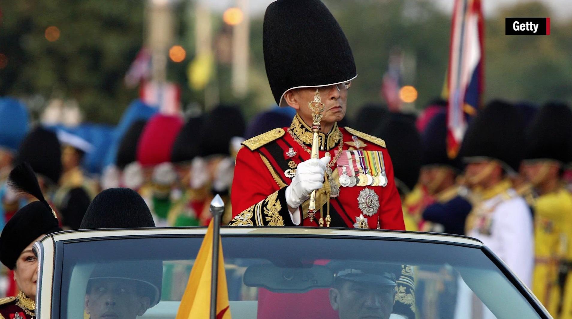 بالفيديو: من هو الملك الأطول حكماً عبر التاريخ؟