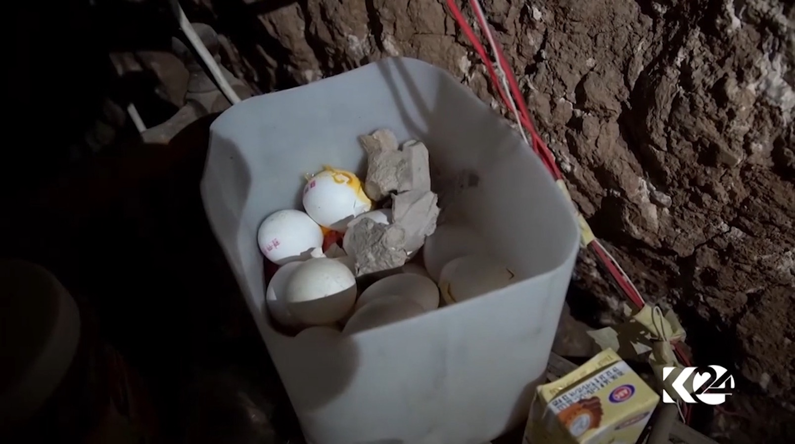 شاهد أنفاق داعش قرب الموصل.. تركوا البيض المسلوق خلفهم