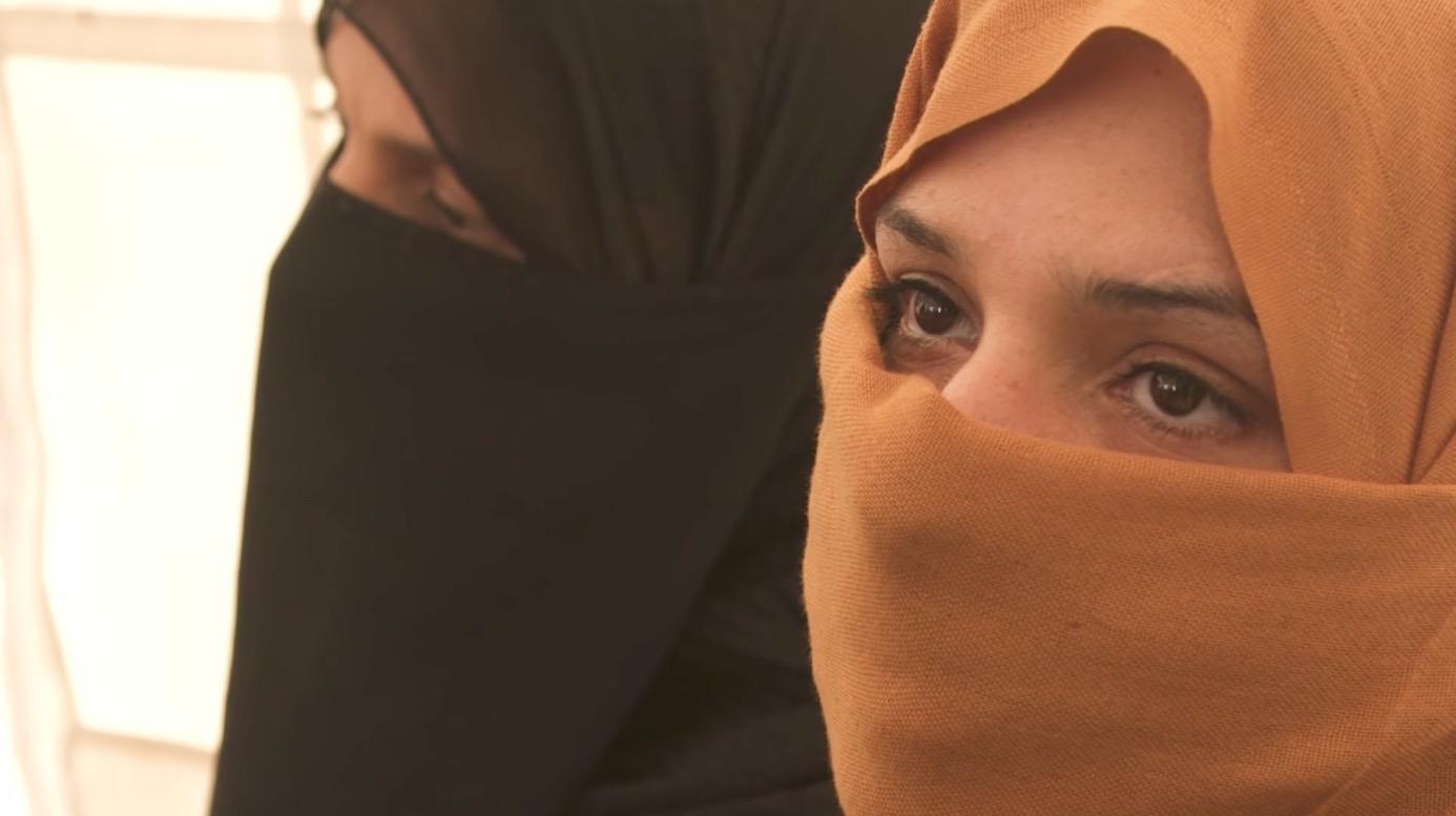 هاربات من الموصل تكشفن قصص رعب الحياة في ظل داعش