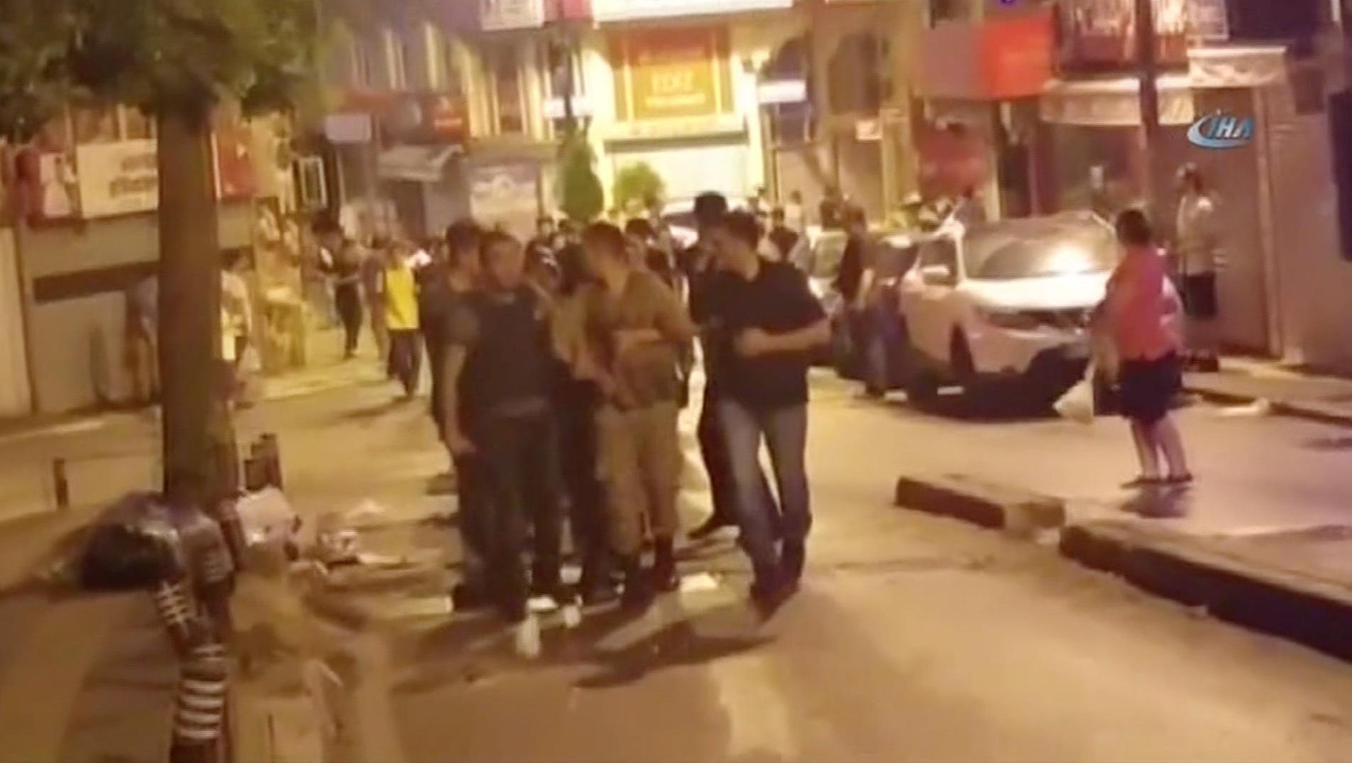 قوات أمن تركية تعتقل جنودا من الجيش