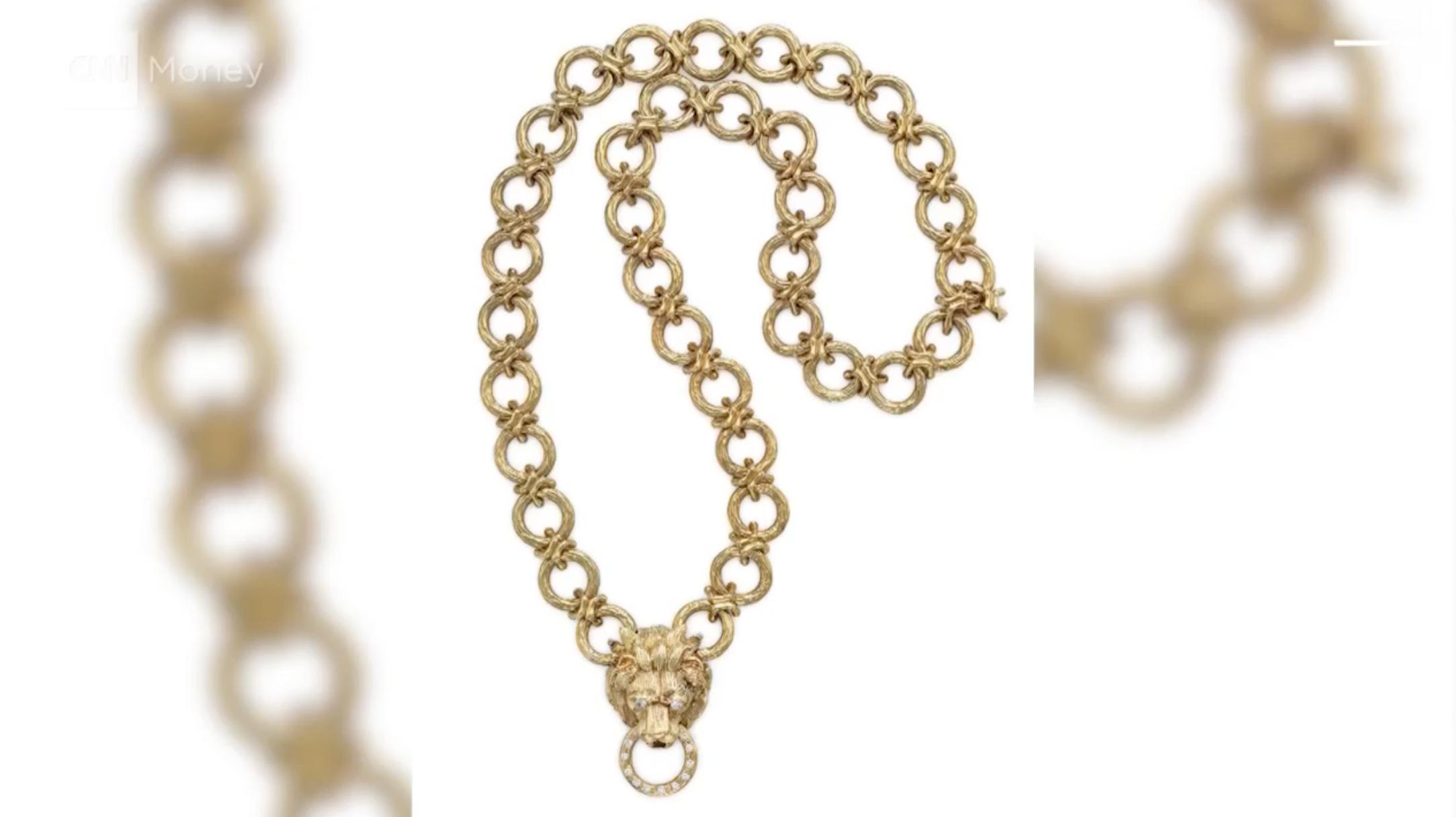 مجوهرات نانسي ريغان للبيع في المزاد العلني