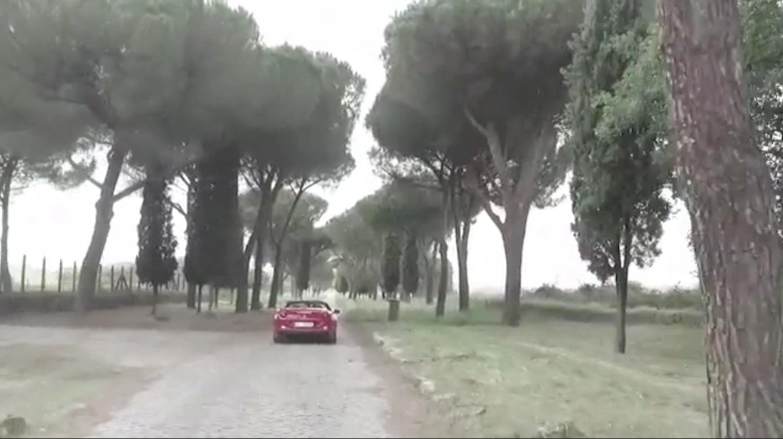 """هكذا تعيش حياة """"كازانوفا"""" إيطالي.. على طريقة """"فيات"""""""