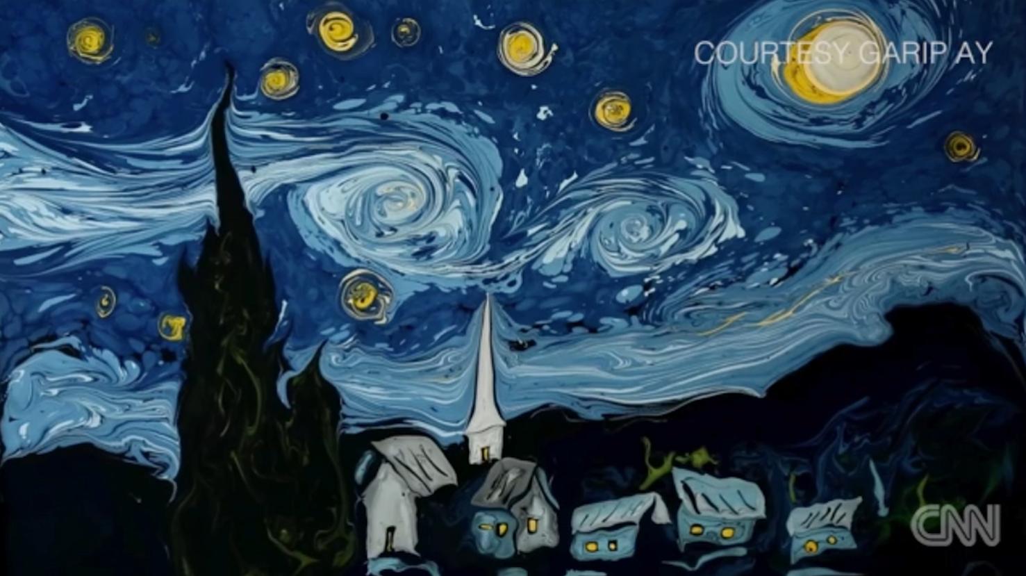 شاهد إحدى أشهر اللوحات الفنية ترسم على سطح المياه