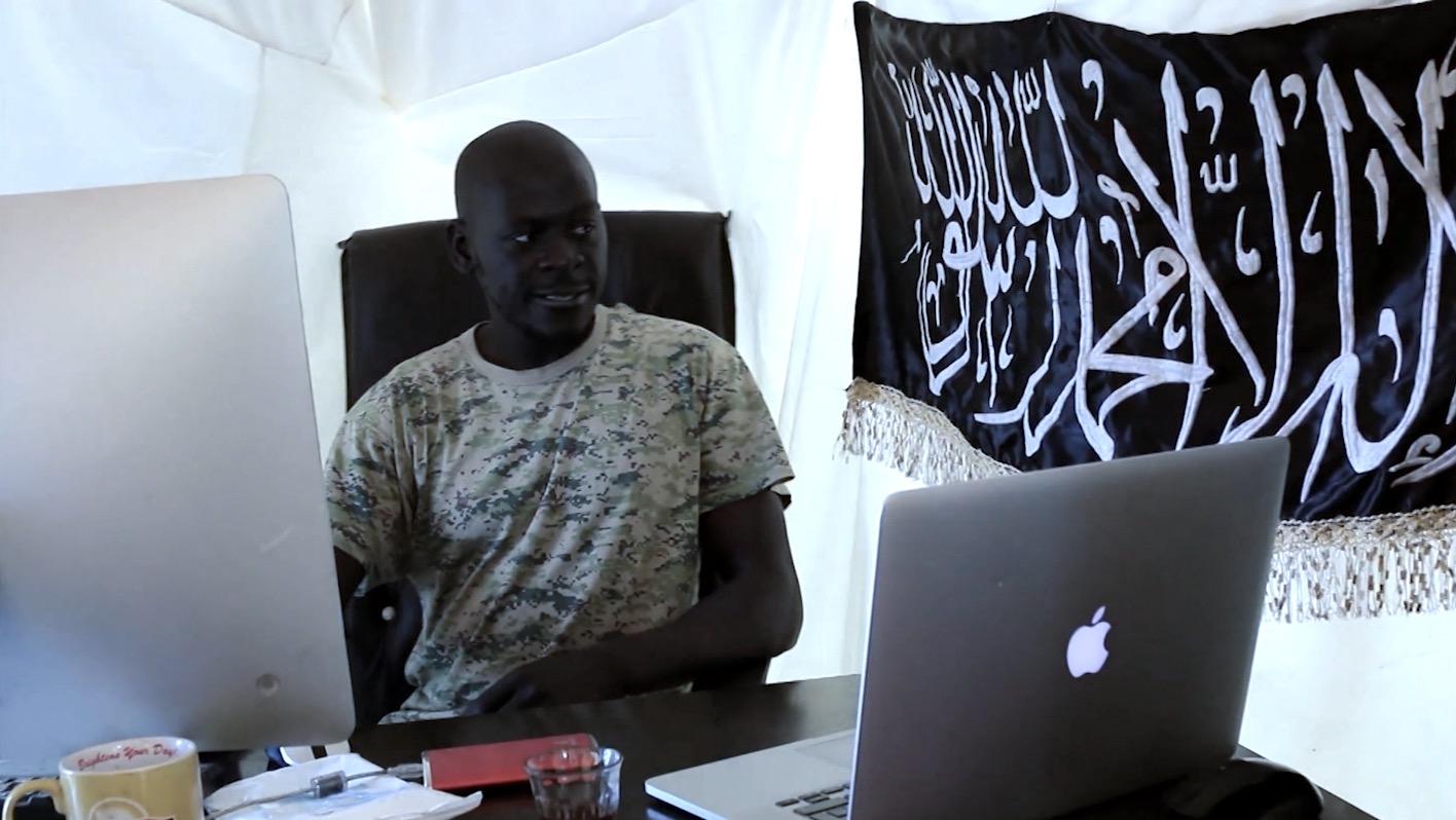"""""""جهادي فرنسا الخارق"""" .. عمر أومسين يسحر مقاتلي سوريا والعراق"""