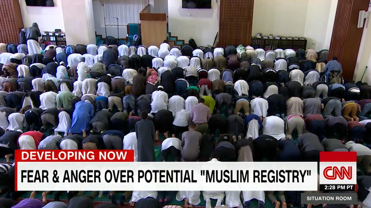 """خوف وغضب من """"سجل المسلمين"""" المحتمل في أمريكا"""