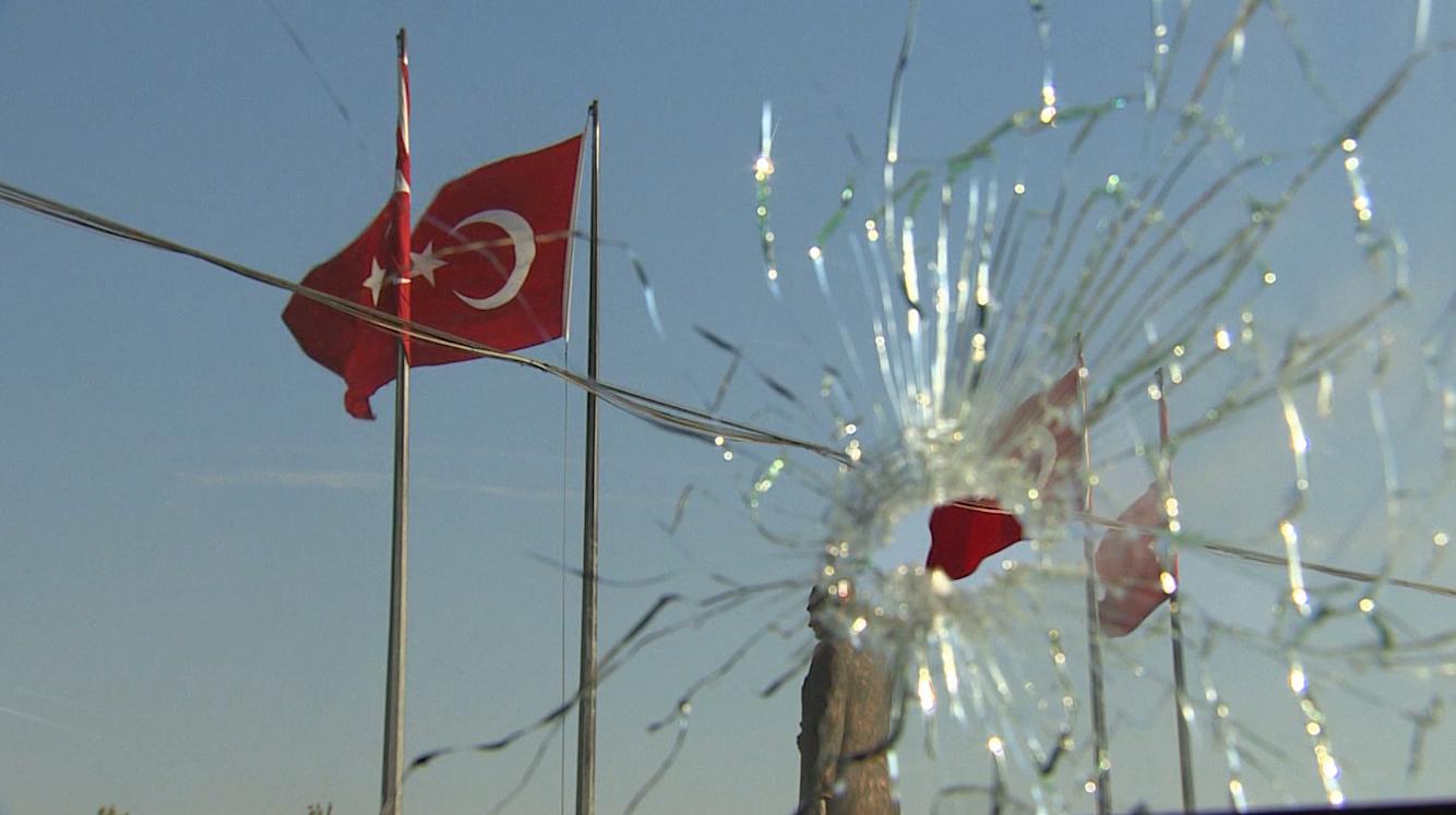 عدسة CNN تنقل آثار محاولة الانقلاب في تركيا.. في بحث عن سبب فشله