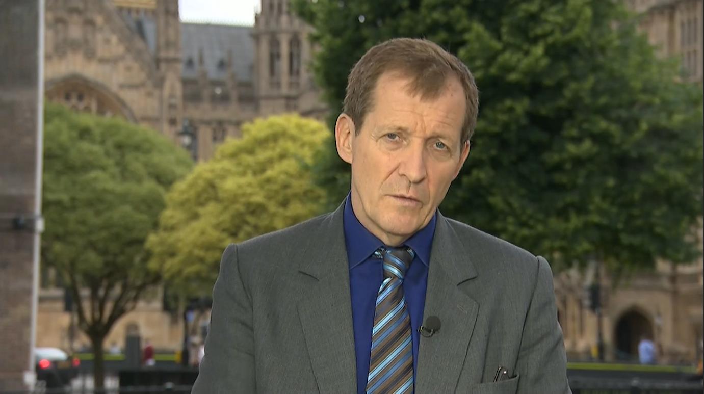كامبل لـCNN: الاستفتاء كان خطأ كبيراً وقادة الدعوة للمغادرة ليس لديهم خطة