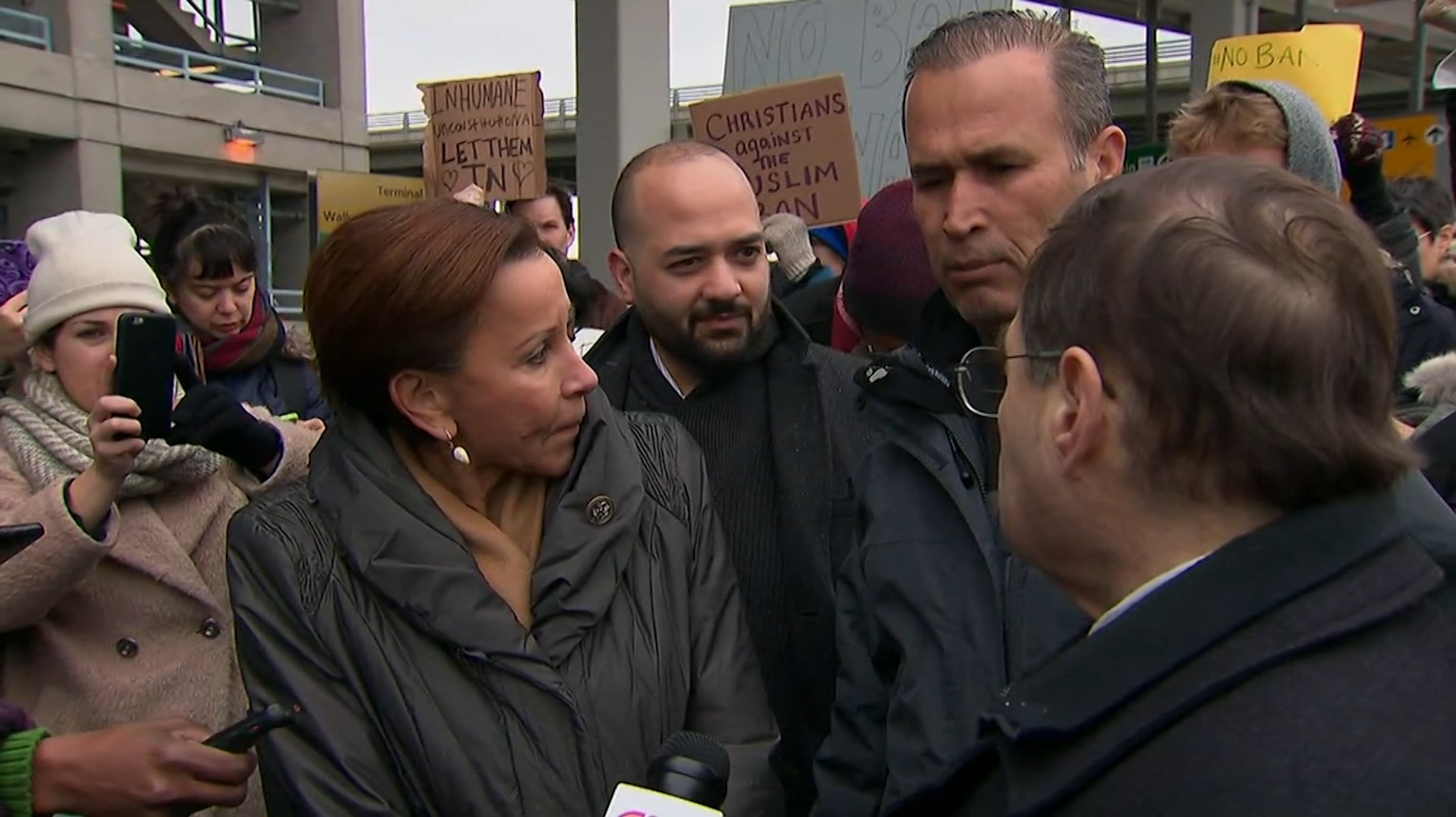 عراقي منع الدخول بمطار بنيويورك: قالوا لا واحتجزت ليومين