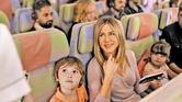 كيف رد طيران الإمارات وجنيفير أنيستون على قرار حظر الإلكترونيات؟