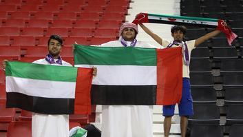 """الأمين العام للاتحاد الإماراتي: لن نلعب في """"الدولة المجاورة"""" حتى لو خرجنا من """"القارة"""""""