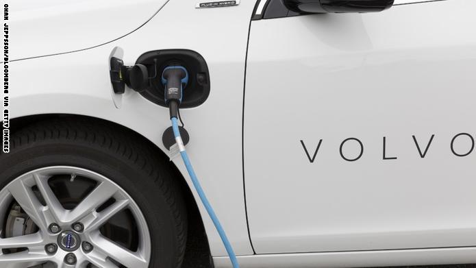 فولفو: سيارات البنزين ستصبح جزءاً من الماضي