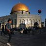 من هنا تبدأ أحلام الفلسطينيين الصغار بممارسة كرة القدم