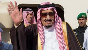 الملك سلمان يصل البحرين للمشاركة بقمة التعاون الخليجي