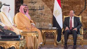 الرئيس المصري مستقبلا ولي ولي العهد السعودي الأمير محمد بن سلمان في القاهرة