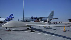 """مدينة الملك عبدالعزيز للعلوم والتقنية تعرض طائرتها الموجهة """"صقر1"""" في دبي"""
