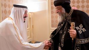 الملك سلمان يستقبل البابا تواضروس في أول لقاء من نوعه في التاريخ