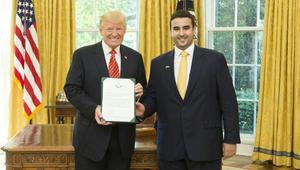 الأمير خالد بن سلمان يقدم أوراق اعتماده لترامب