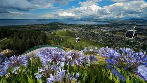 تعالوا إلى روتوروا.. عاصمة المغامرات النيوزلندية