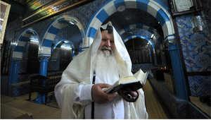 أقدم كنيس يهودي في أفريقيا يقع بجزيرة جربة التونسية ويحج إليه اليهود