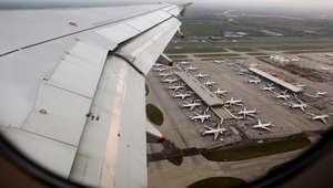"""بريطانيا: هبوط اضطراري لطائرة """"يونايتد"""" بمطار هيثرو"""
