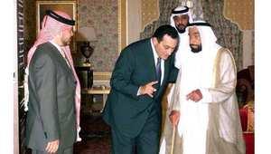 الشيخ زايد بن سلطان حاكم الإمارات الراحل مع الرئيس المصري السابق حسني مبارك، والعاهل الأردني الملك عبدالله الثاني