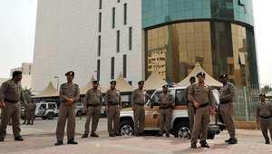 السعودية: السجن لمدد متفاوتة بحق 70 مواطنا ويمني بتهم نزع بيعة الملك ومبايعة زعيم القاعدة باليمن