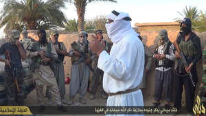 المرصد: أبوأنس الشامي القيادي بداعش يتجول بالأسواق لينفي أنباء مقتله بغارة للتحالف