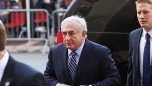 رئيس صندوق النقد الدولي السابق يهدد بمقاضاة ناد للجنس يحمل اسمه