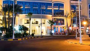 الداخلية المصرية: مسلحون يهاجمون أحد الفنادق في الغردقة.. وإصابة 3 سائحين من النمسا والسويد