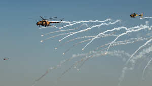 العراق يوجه ضربات جوية على أهداف في تلعفر وداعش تدعي سيطرتها على المدينة