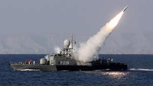 قطعة تابعة للبحرية الإيرانية تطلق صاروخ محراب خلال مناورة عسكرية في جنوب مضيق هرمز، ا يناير/ كانون الثاني 2012