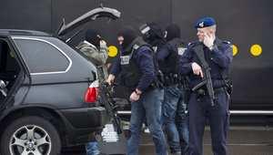 الادعاء الهولندي: اعتقال فتاة بمطار شيبول للاشتباه بصلتهما بمجموعات إرهابية بسوريا