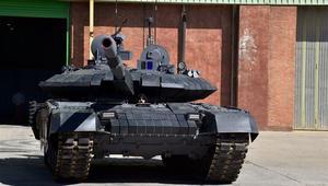 إيران تكشف عن أول دبابة متطورة محلية الصنع.. تعرفوا على مواصفات