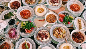 أطعمة صيفية غريبة من حول العالم ستُبرّد قلبك