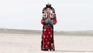 بالصور.. الحياة السرية للمتحولين جنسياً في منغوليا