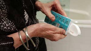 منازل ذكية وأجهزة تتبع لمرضى الزهايمر تحدث تغييراً في حياتهم