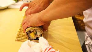 بالصور..تحضير السوشي خطوة بخطوة