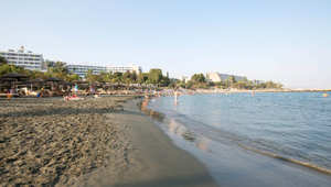مدينة ليماسول القبرصية على سواحل المتوسط