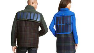 """""""تومي هليفيغر"""" تقدم معطفاً يشحن الهواتف بالطاقة الشمسية"""