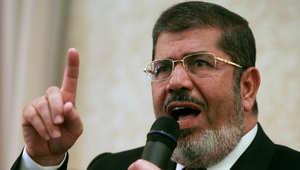 مرسي برسالة للمصريين: لن أغادر سجني قبل أبنائي المعتقلين ولن أدخل داري قبل بناتي الطاهرات المعتقلات